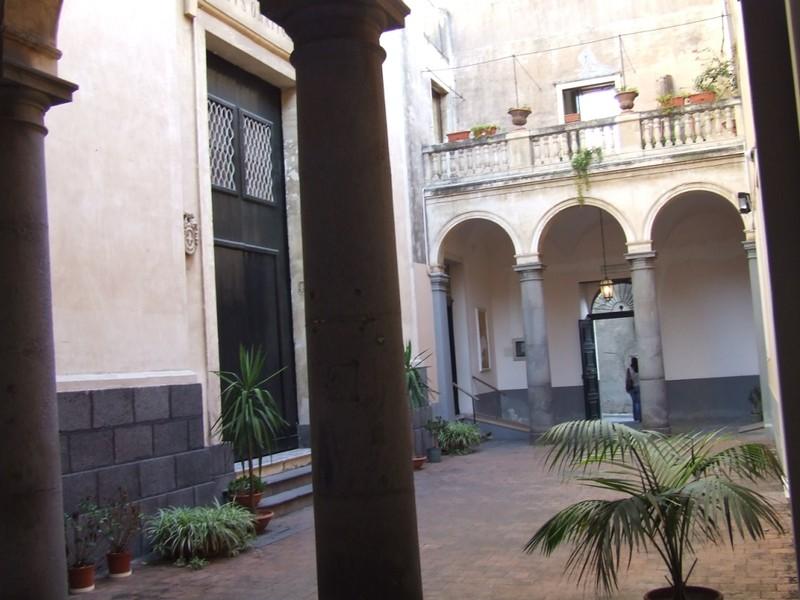 La chiesa congregazione dell 39 oratorio acireale for Avvolgere l aggiunta portico